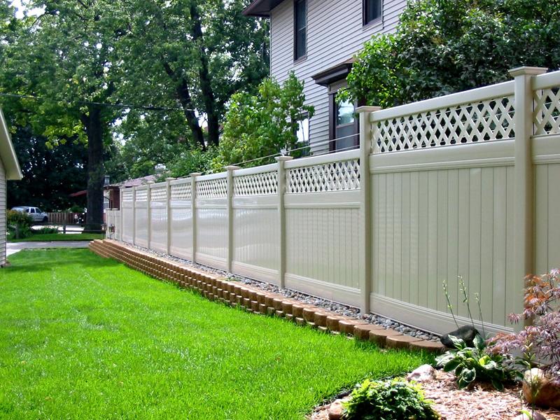Sterling Heights Vinyl Fencing