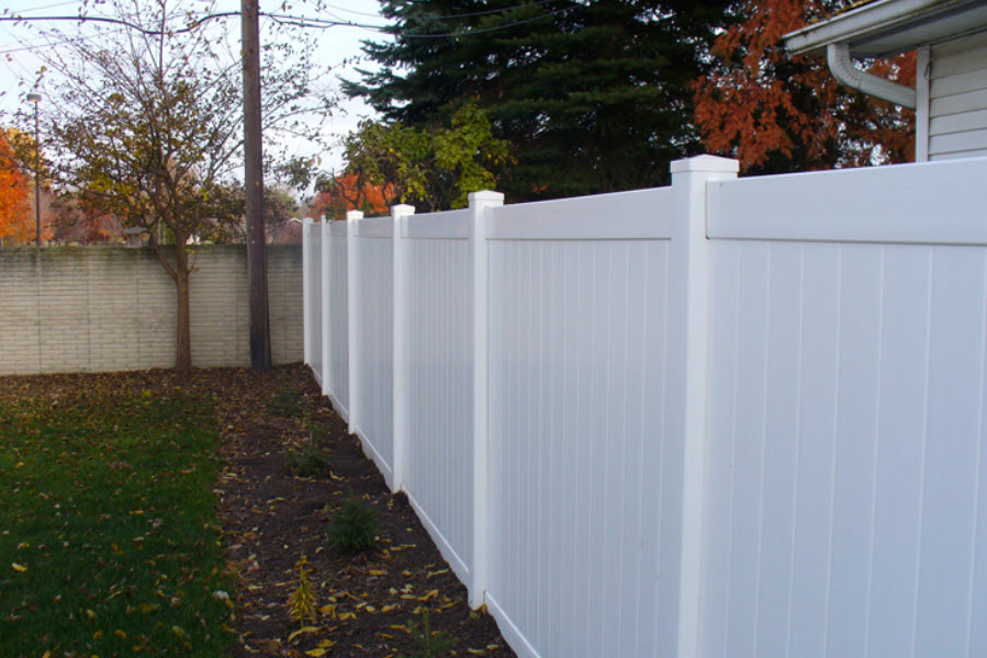 Macomb County Privacy Fence Installers